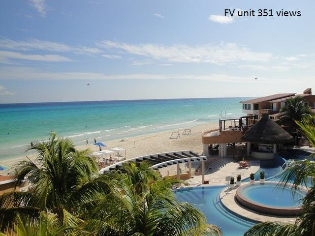 View from this unit, best view in Playa!