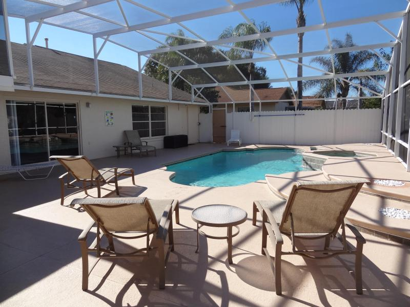 Huge Private Heated Pool and Spa
