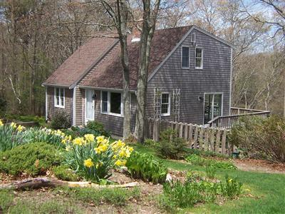 The Pond House on Cape Cod- Pet Friendly and a Nature Lovers' delight