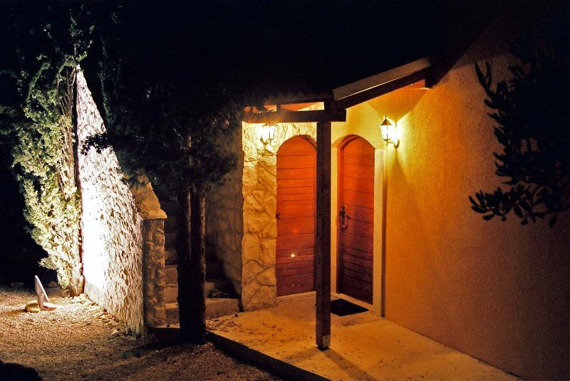 The entrance in the night