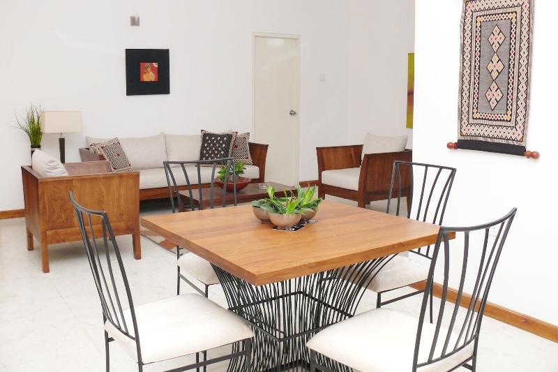 Tranquility in the City, vacation rental in Colombo