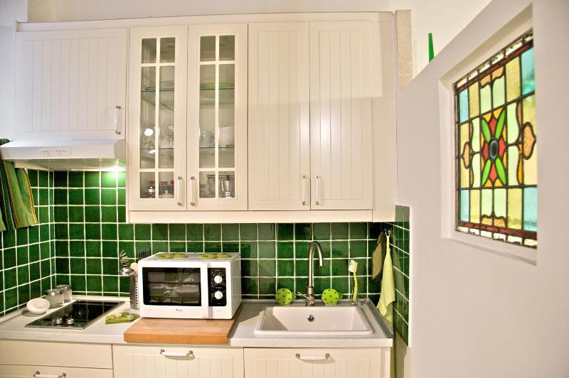Boschetto Cove Kitchen detail