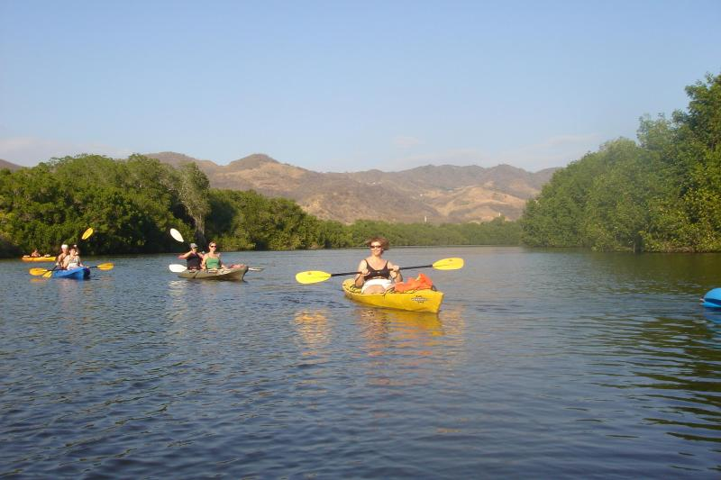 Kayaking in Manialtepec