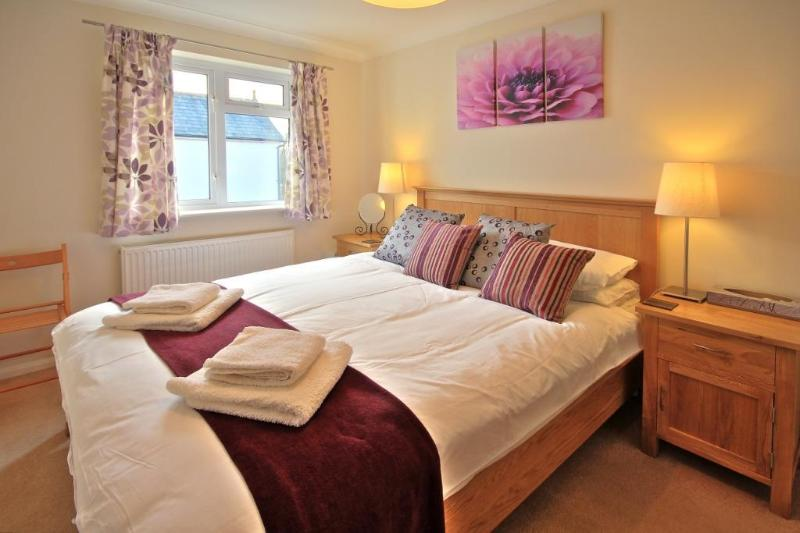 Marlow Apartments No 5 - Two Bedroom Apartments, holiday rental in Princes Risborough