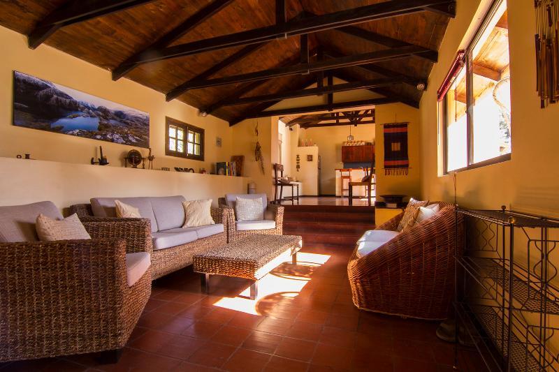 Casa Ishi Villa Guesthouse Living Room