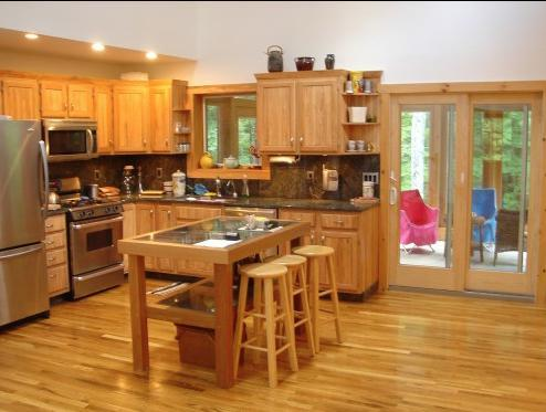 kitchen - stainless appliances, gas stove, micro, ample dishware, cooking gear. Opens to dining/LR