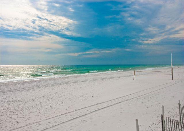 GREAT EXPANSE OF BEAUTIFUL WHITE SAND