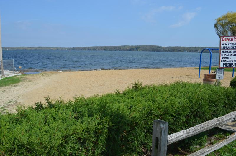 Nearby village public beach (one block to the south)