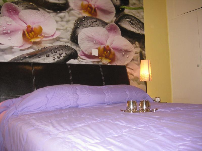 Athens City Apartment 2, central Athens, holiday rental in Athens