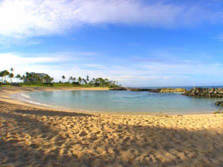 Une des 4 criques plage, à 5 minutes à pied de la villa