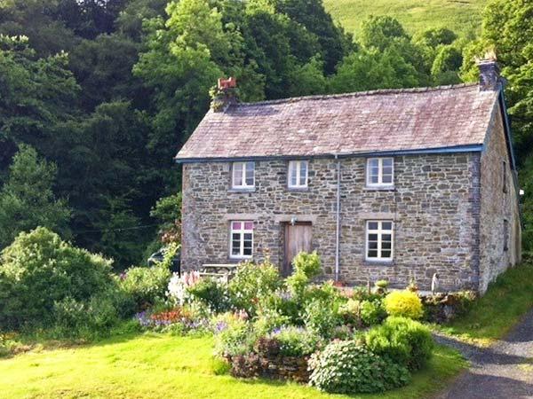 FFOREST FIELDS COTTAGE working farm, rural location near to Builth Wells, Ref, aluguéis de temporada em Gwenddwr
