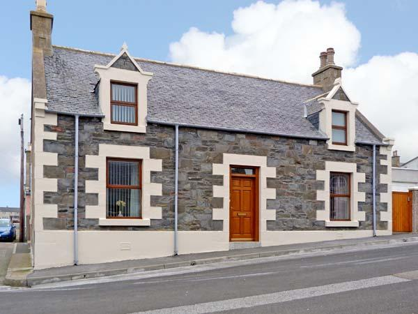 GRACEMOUNT detached, character cottage, near harbour in Portknockie, Ref 13672, holiday rental in Deskford