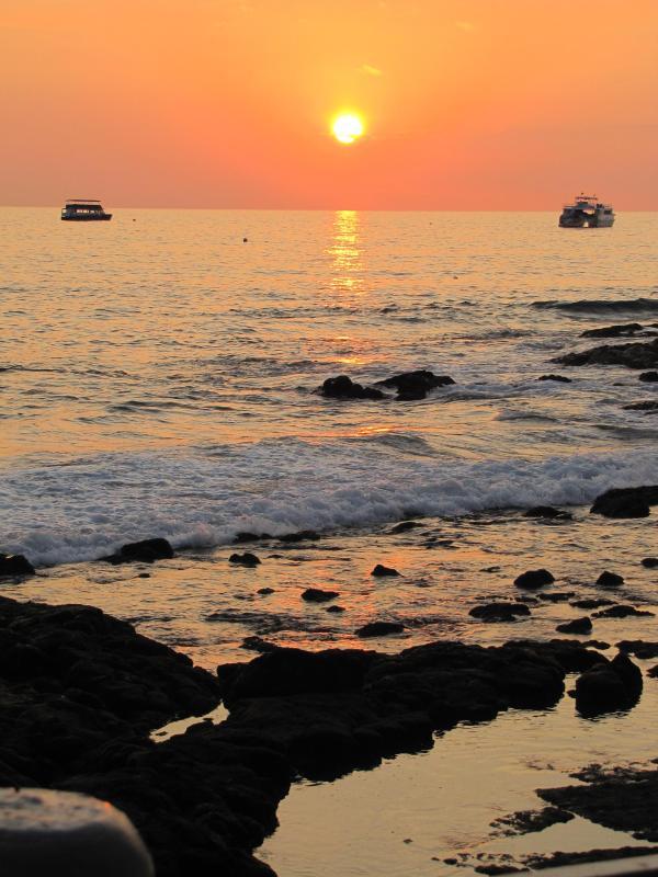 Couchers de soleil hawaïennes parfaits
