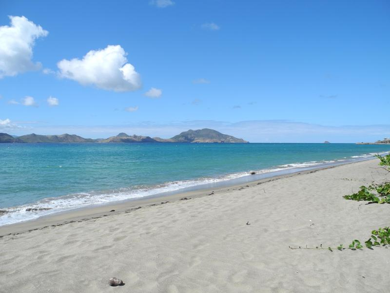 Paradise beach, 15 mins drive