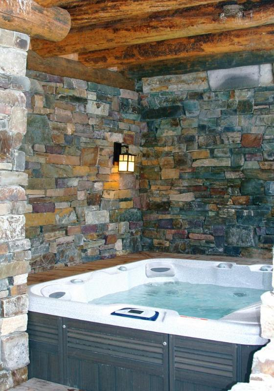 Lodge Covered Hot Tub