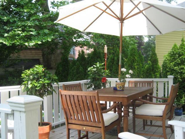 Outdoor Living Space-Deck