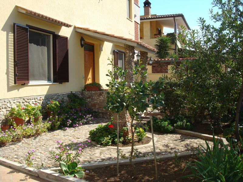 House at the beach north of Rome, Ladispoli, Italy, holiday rental in Ladispoli