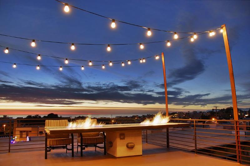 Rooftop Deck with 360 Degree and Panorama Ocean Views