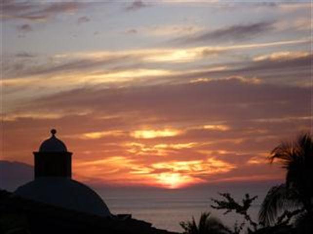 Mais um pôr do sol romântico