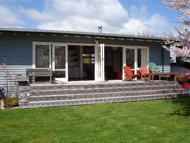 Wharewaka Cottage - Taupo's Home Away from Home, holiday rental in Taupo