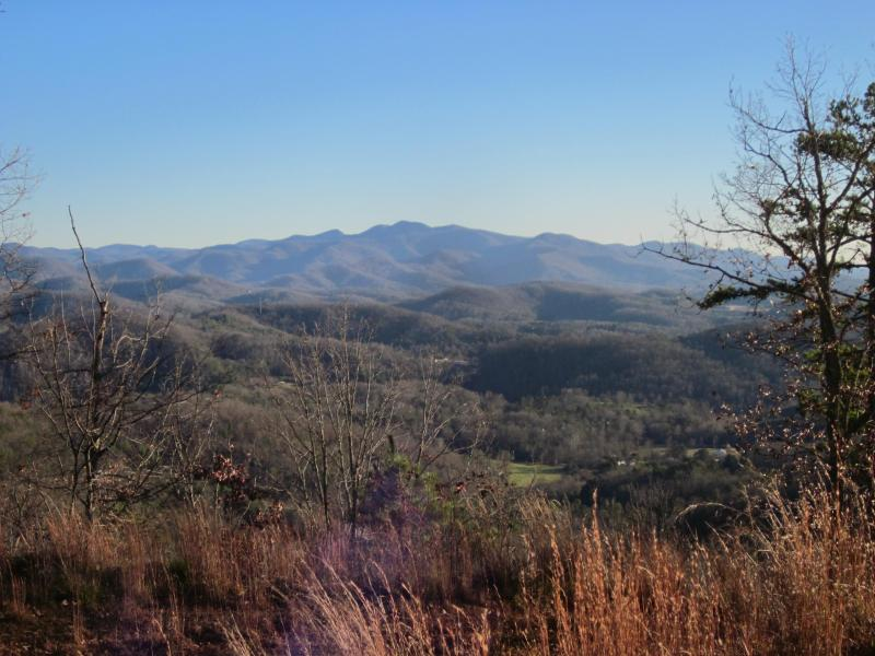 No need to drive to a vista like this! Just walk out the door and start hiking!