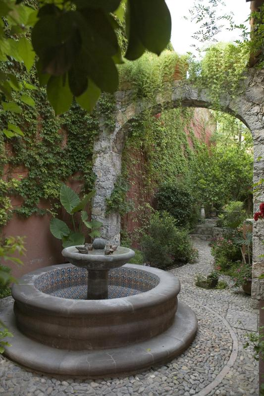 Fountain from Casa Bella entry