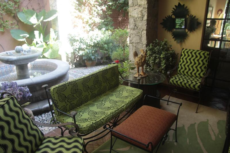 Downstairs patio and fountain