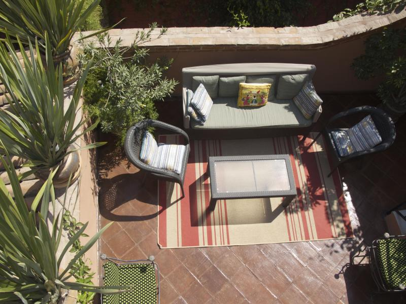 Second floor patio