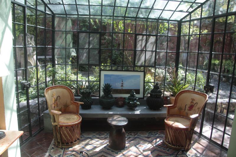 Living Room Sunporch
