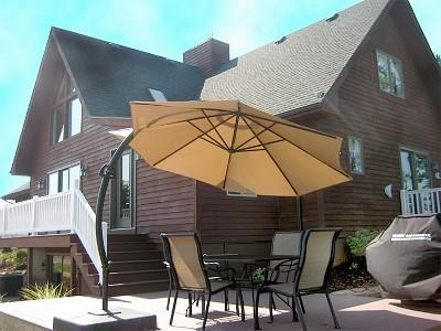 Luxury home on Hutchins Lake near Saugatuck & Lake Michigan, holiday rental in Pullman