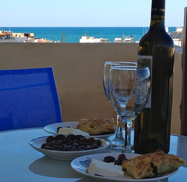 Studio by the Sea, vacation rental in Chania Town
