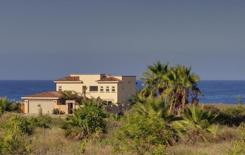 Casa Cathy Villa on the beach
