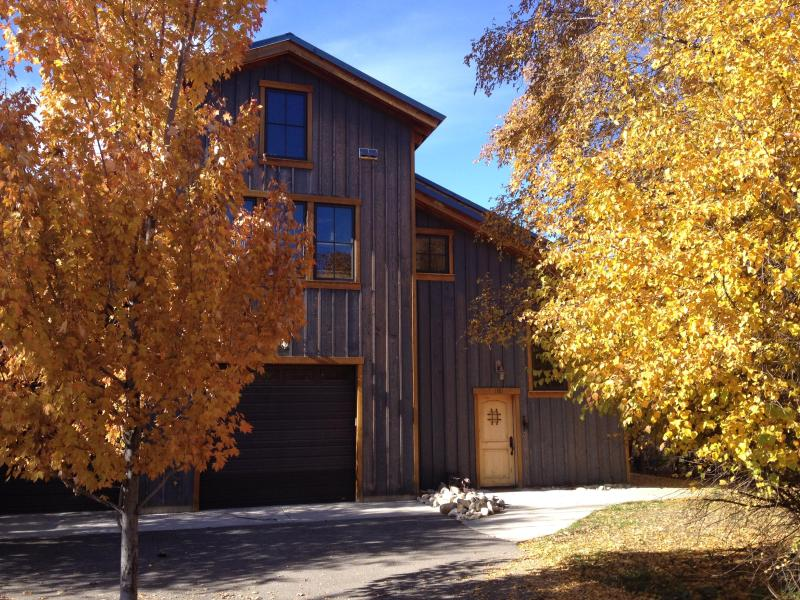 SMITHFIELD CANYON LODGE -five miles north of Logan, vacation rental in Preston