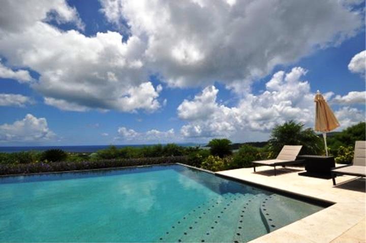 HOPE BELLE VUE... 4BR Luxury Hillside Villa Overlooking Orient Bay, holiday rental in Orient Bay