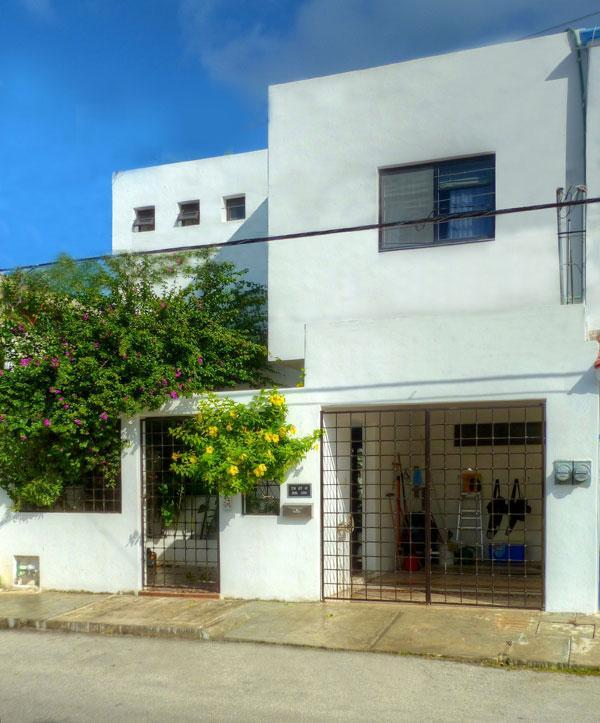 Casa Loro straat ingang