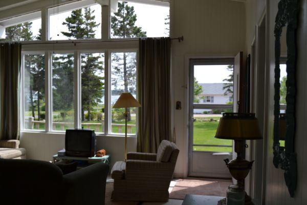 Mac's 3 bdrm Cottage, Bay Shore Rd, Stanhope, PE, alquiler de vacaciones en Savage Harbour