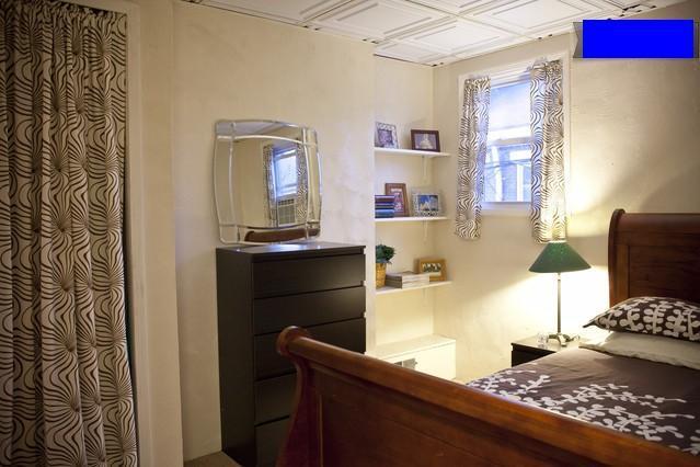 Bedroom Features Queen Sleighbed