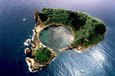 Vila Franca Islet and Nature Reserve