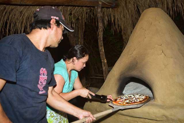 Äkta vedeldad ugn... umm pizza!