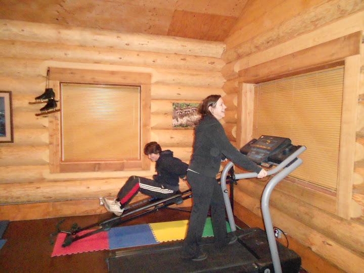 Ejercicio en la caminadora o Total Gym en nuestra cabaña de ejercicio