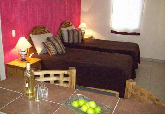 Minimountain Resort Casita 1 near San Jose´del Cabo. Peaceful desert setting., alquiler de vacaciones en San José Del Cabo