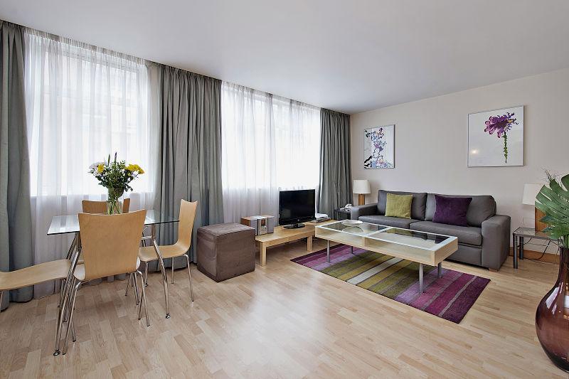 One bedroom Premium reception area