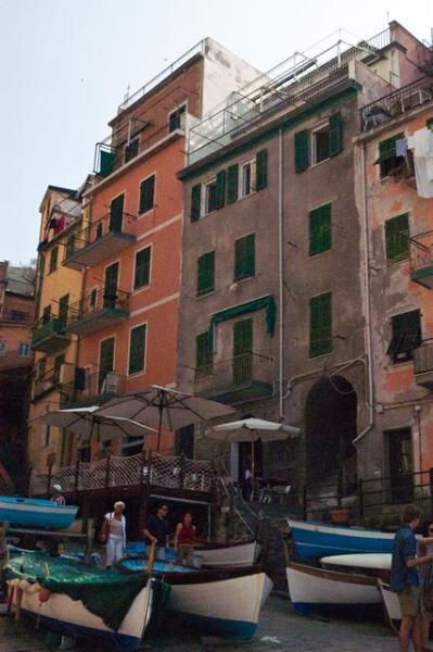 Building of Atlantis Apartment