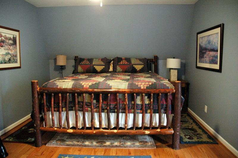 upstairs bedroom- back- king bed