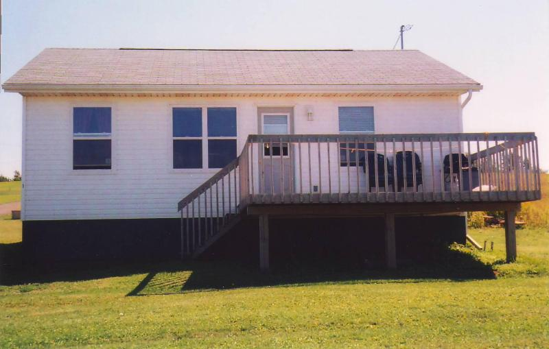 Cavendish PEI Area - 3 Bedroom 2 Bath Cottage (1), location de vacances à Rustico