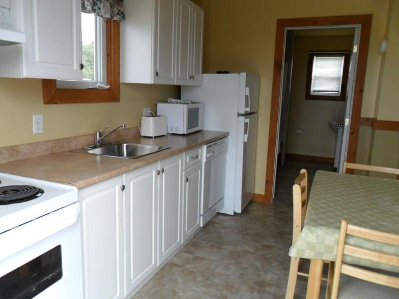 Cavendish PEI Area - 2 Bedroom 2 Bath Cottage, location de vacances à Rustico