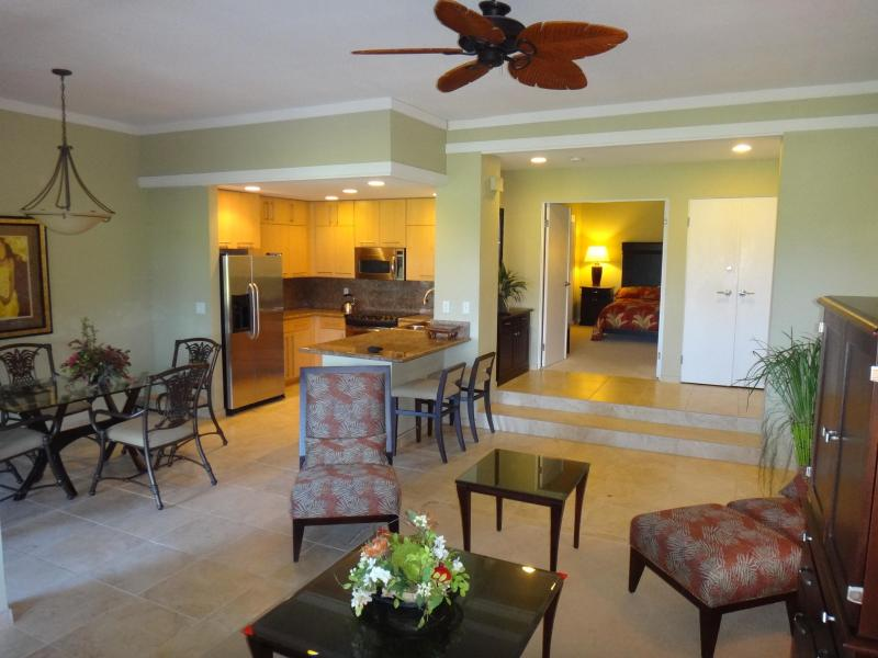Step into a spacious professionally decorated Hawaiian interior, overlooking the golf course.