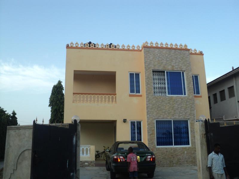 Makisha Guest House, casa vacanza a Kikambala