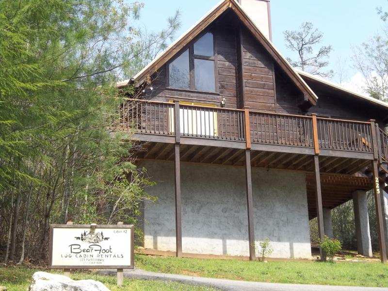 BearFoot 2 = Privacy + romance, vacation rental in Townsend