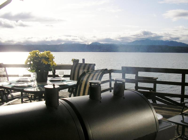 Lovely Hood Canal Waterfront
